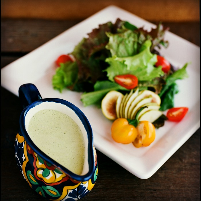 salad_with_dressing