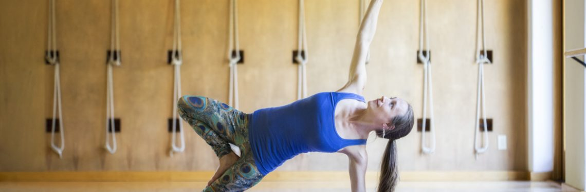 Yoga Instructions: Tabletop to Wild Thing