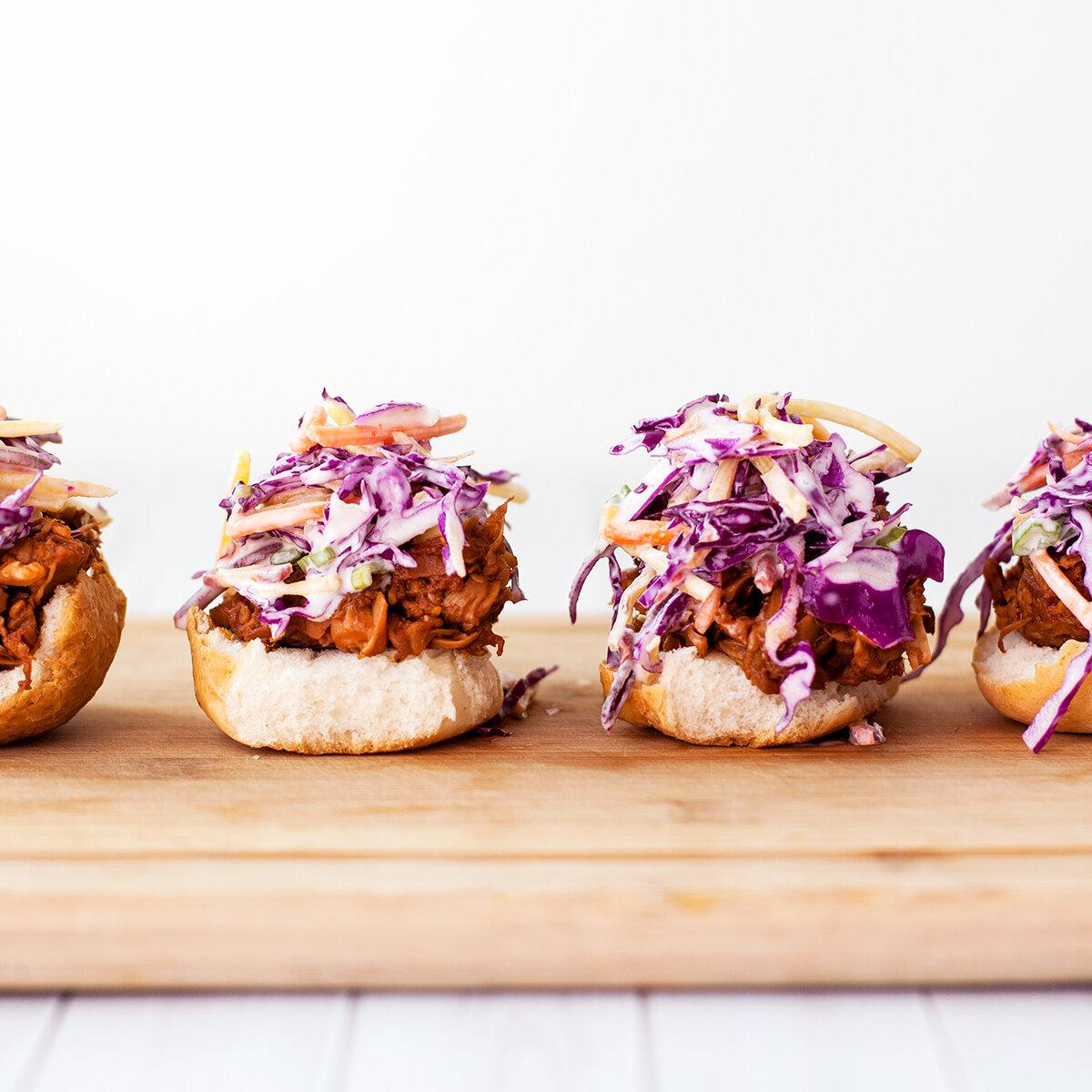 BBQ Jackfruit Sliders. Yes, Please!
