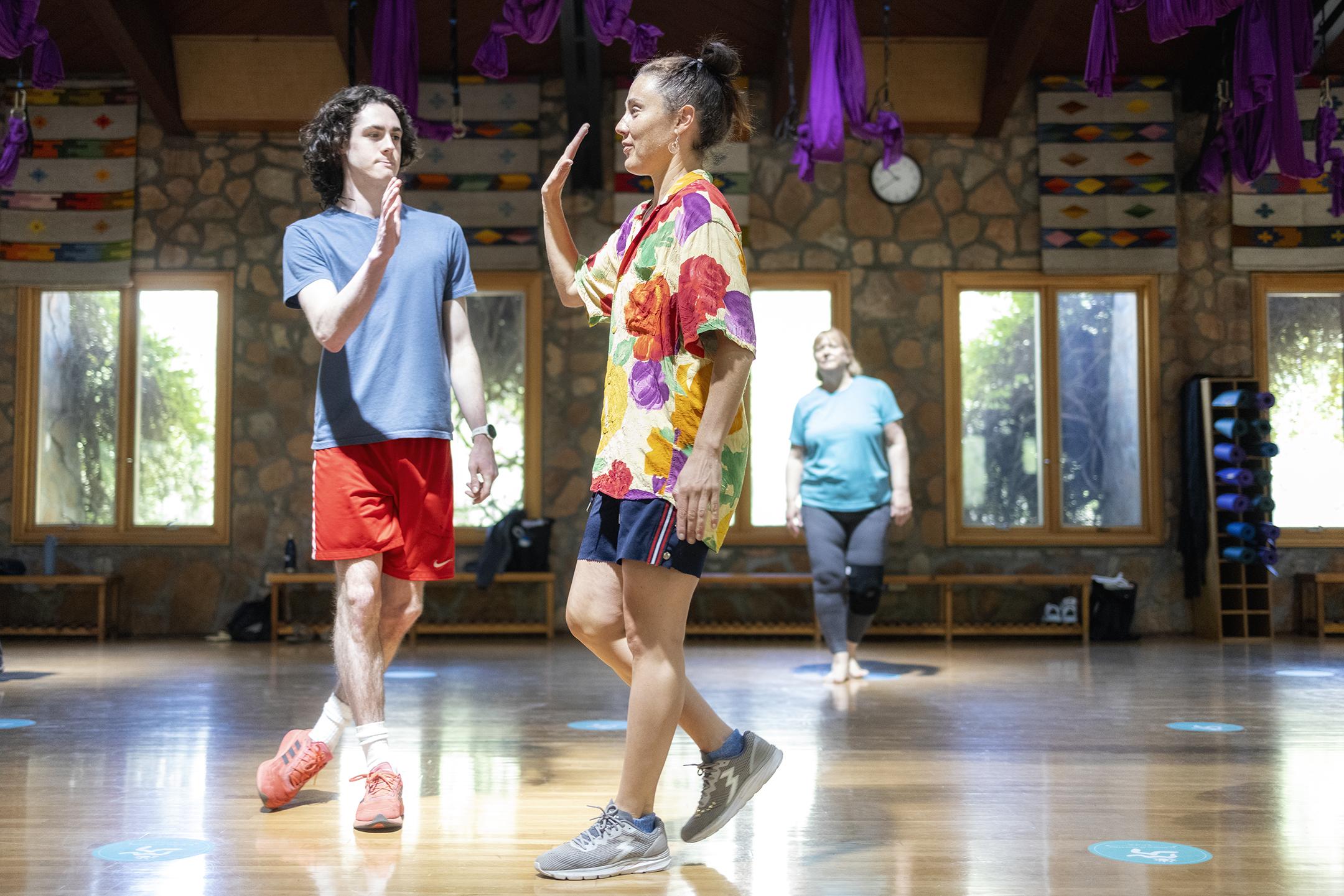 dance class, hip hop class
