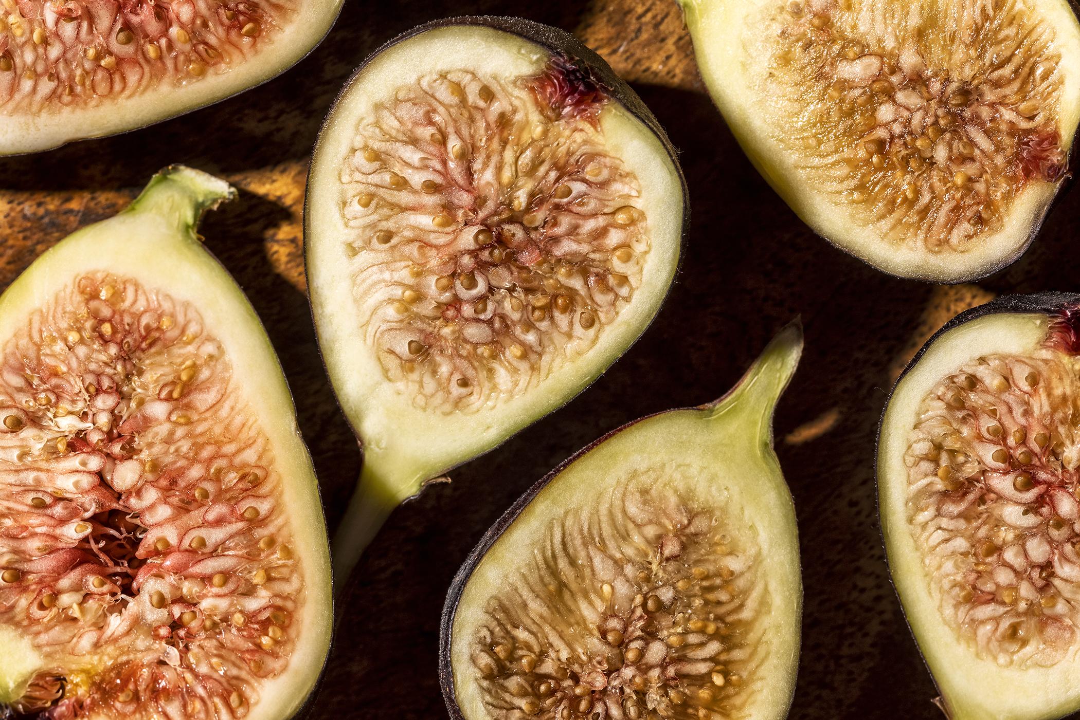 figs, fruit garnish, dessert recipe, organic fruit